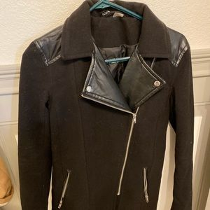 H&M black peacoat with faux leather